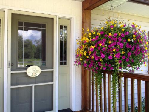 Alaska Garden Gate B&B Photo