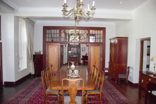 Vredenburg Manor House Photo