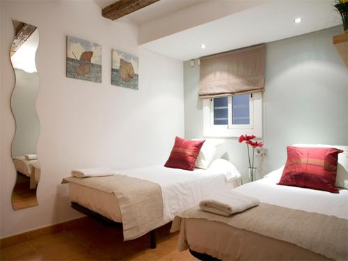 Top Barcelona Apartments photo 9