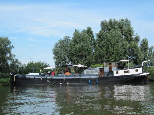 Houseboat Prins Heerlijk