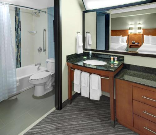 Hyatt Place Atlanta Alpharetta Windward Photo