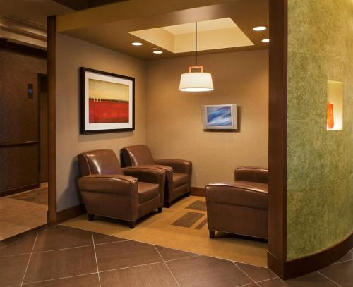 Hyatt Place Tempe Phoenix Airport Photo