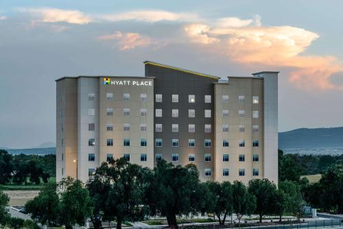 Hyatt Place Celaya Photo