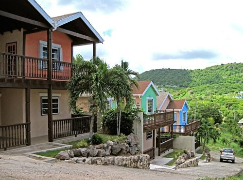 Trilogy Villas, English Harbour Town