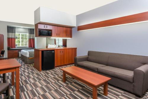 Microtel Inn & Suites By Wyndham Morgantown - Morgantown, WV 26505