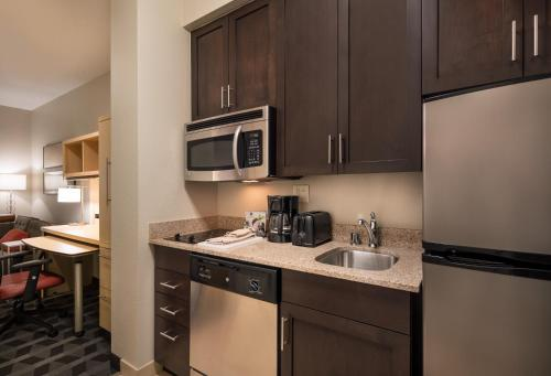 TownePlace Suites by Marriott San Diego Carlsbad / Vista Photo