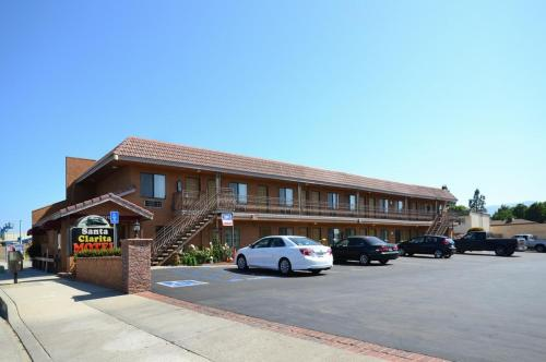 Santa Clarita Motel Photo