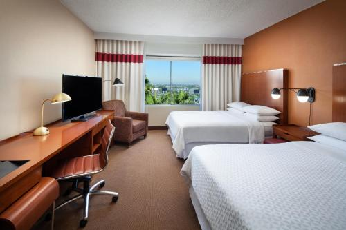 Four Points by Sheraton Los Angeles International Airport Photo