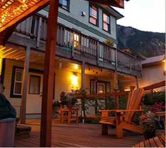 Alaskas Capital Inn Bed And Breakfast - Adult Only