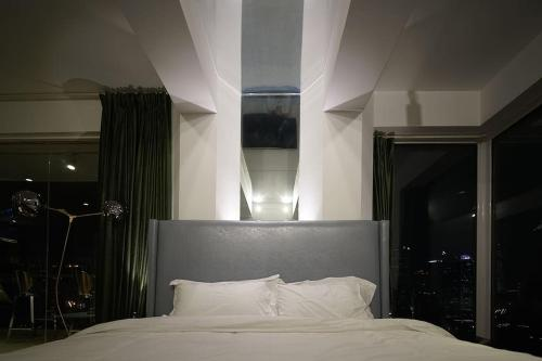 Shanghai Bund River View Boutique Apartment photo 15