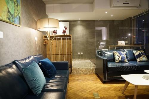 Shanghai Bund River View Boutique Apartment photo 18
