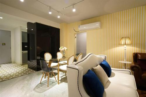 Shanghai Bund River View Boutique Apartment photo 33