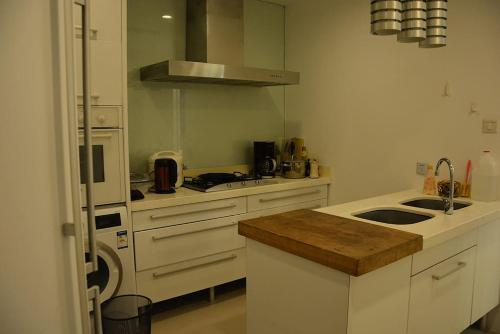 Shanghai Bund River View Boutique Apartment photo 51