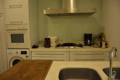 Shanghai Bund River View Boutique Apartment photo 56