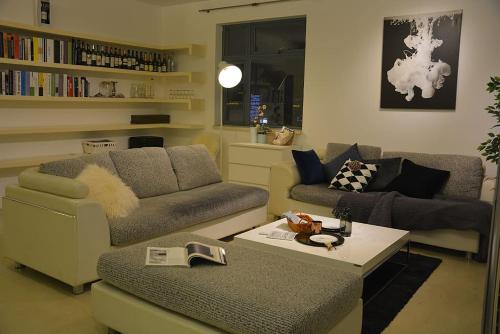 Shanghai Bund River View Boutique Apartment photo 64