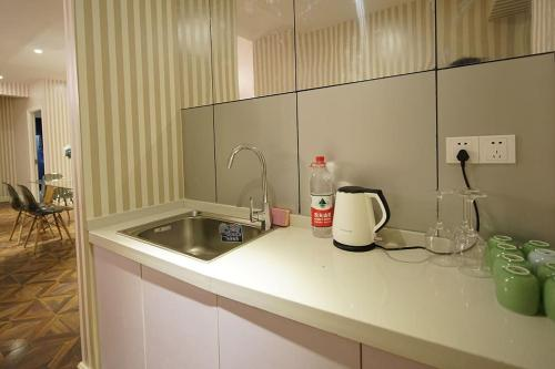 Shanghai Bund River View Boutique Apartment photo 124