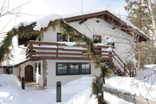 Ski Tip Lodge