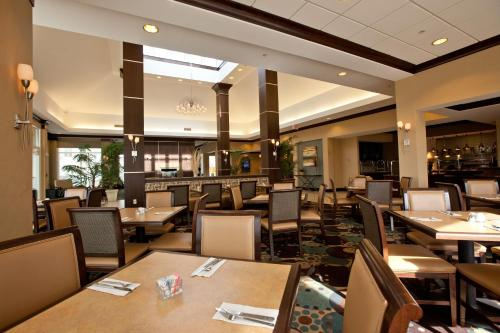 Hilton Garden Inn Dulles North In Ashburn Va Indoor Pool Restaurant Non Smoking Rooms