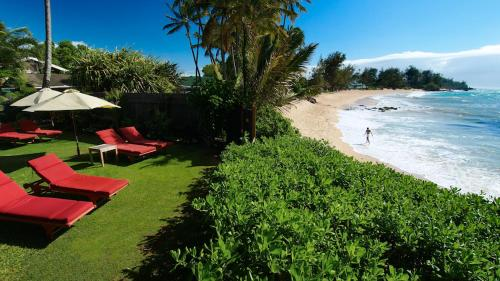 Paia Inn Hotel - Bed And Breakfast
