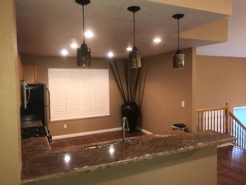 Home away from Home - Riverbank, CA 95367