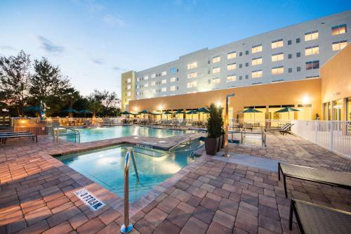 Hyatt Place Orlando Lake Buena Vista Photo