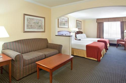 Holiday Inn Express Hotel & Suites Tucson Mall Photo