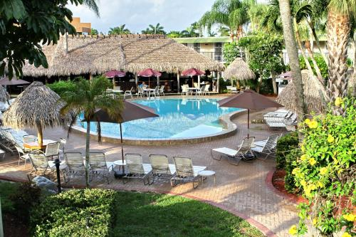 Gulfcoast Inn Naples Photo