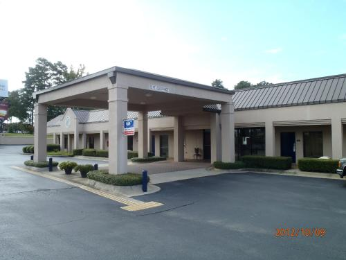 Days Inn - Alexander City - Alexander City, AL 35010