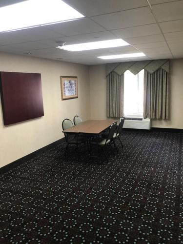 Hampton Inn Ithaca Photo