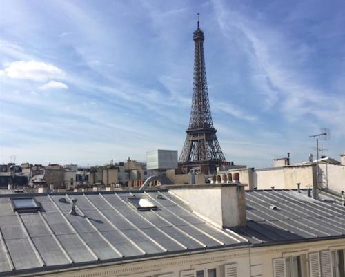 Private Apartment - Rue Cler - Eiffel Tower View impression