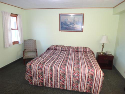 Pine Ridge Motel Photo