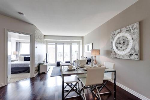 50 Laurier Apartments by Corporate Stays Photo