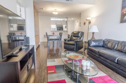 Midvale Apartment 337 - Los Angeles, CA 90024