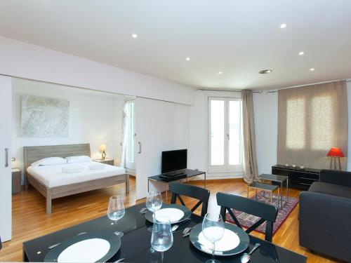 Paseo de Gracia Terrace Apartment photo 13
