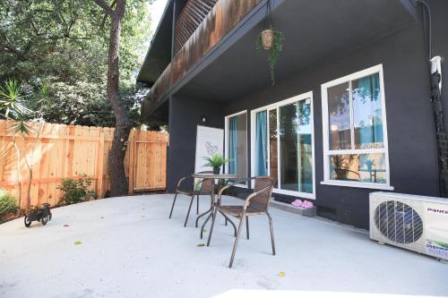 Cozy Silver Lake Getaway - Los Angeles, CA 90026