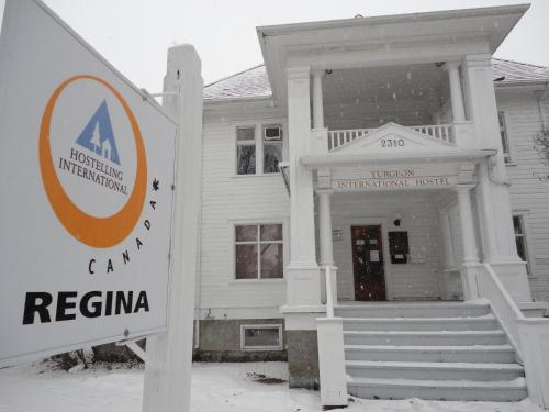 Hostelling International Regina Regina