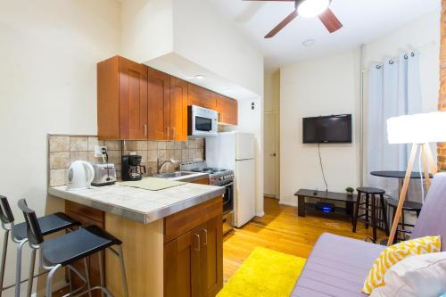 Apartment in Hell's Kitchen Photo