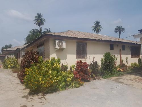 WhereElse Guest House, Makeni