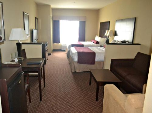 Best Western Plus Mansfield Inn and Suites Photo