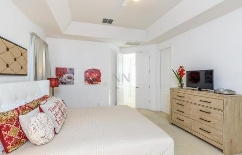 Five Bedroom Golf Vacation Holiday Home 77Ll76 Photo