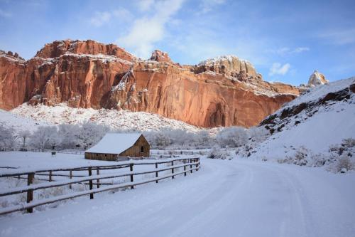 Affordable Inn of Capitol Reef Photo