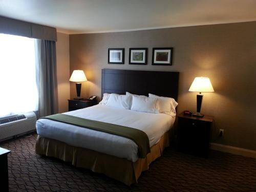 Wyndham Garden Hotel Glen Mills - Wilmington Photo