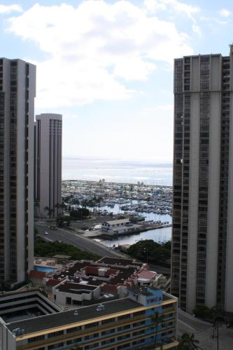 LSI Resorts at Ala Moana Photo