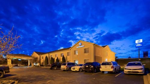 Best Western Lawrenceburg Inn Photo