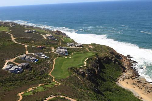 Pinnacle Point Beach and Golf Estate Photo
