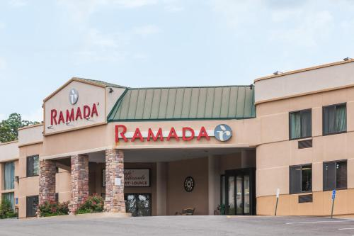 Ramada Newburgh/West Point Photo