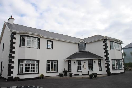 Photo of Oldcourt House Bed and Breakfast Hotel Bed and Breakfast Accommodation in Rosslare Wexford
