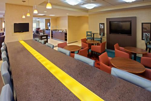 Residence Inn Indianapolis Carmel Photo