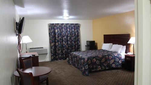 Passport Inn and Suites - Middletown, CT 06457