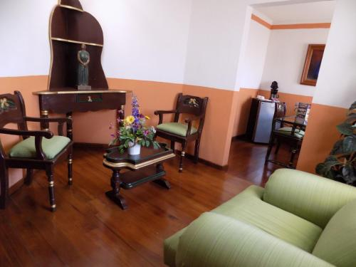 Hotel Las Palomas Tepic Photo